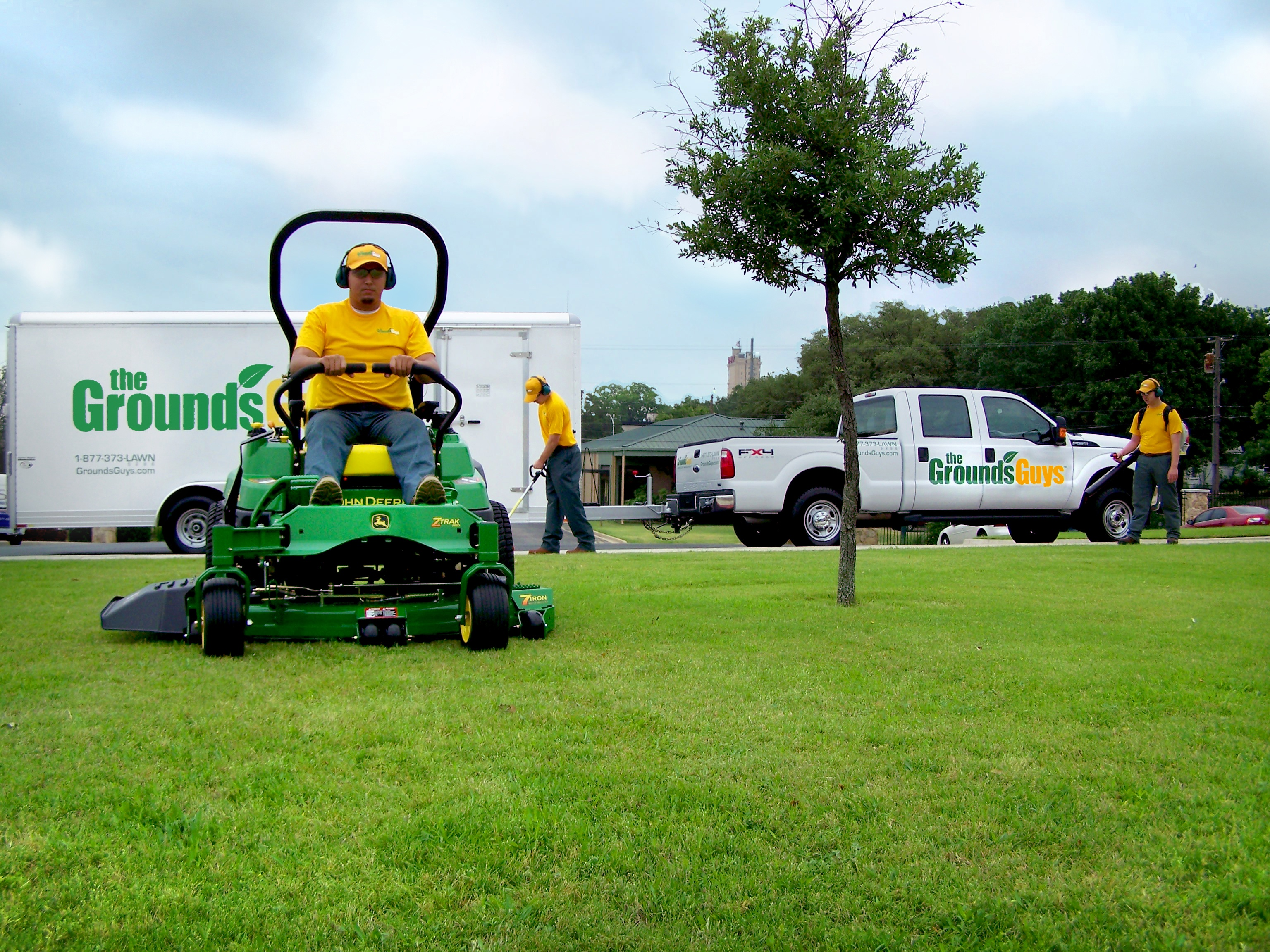 Grounds-Guys-Lawn-Care-Business.jpg